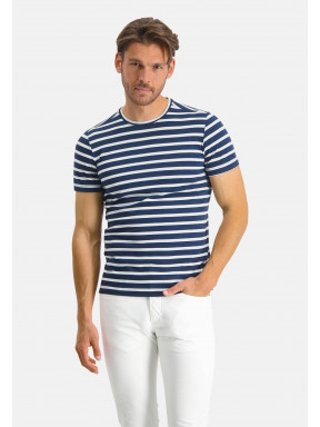 Modern-Classics-T-shirt-with-stripes