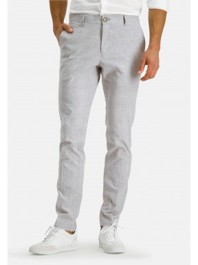 Modern-Classics-chino-of-stretch-linen