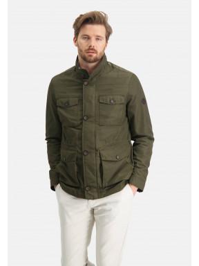 Manteau-avec-poches-latérales