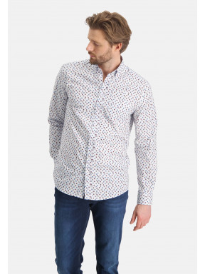 Shirt-with-a-chest-pocket