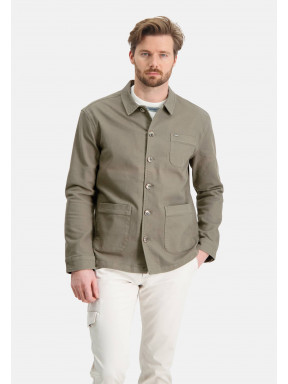 Short-jacket-with-button-closure