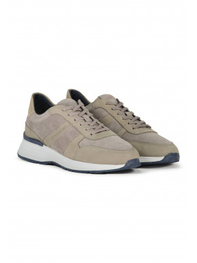Trainer-made-of-suede-and-leather