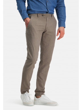Printed-chino-with-modern-fit