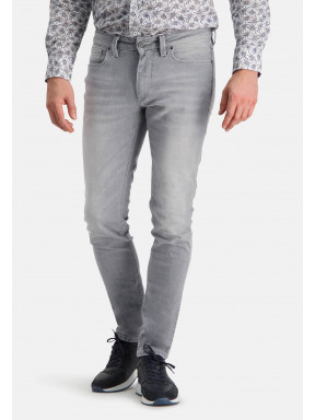 Stretch-jeans-with-a-modern-fit