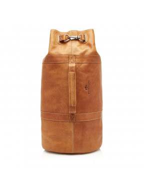 Back-pack-made-of-buffalo-leather