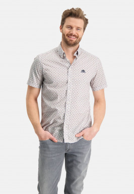 Shirt-with-a-regular-fit