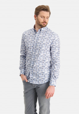 Poplin-shirt-with-a-botanic-print