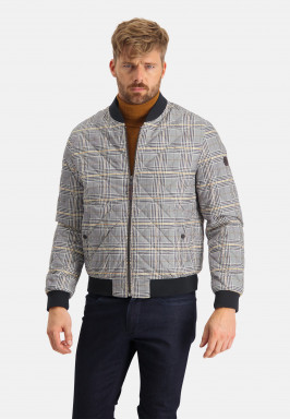 Checked-jacket-with-a-regular-fit