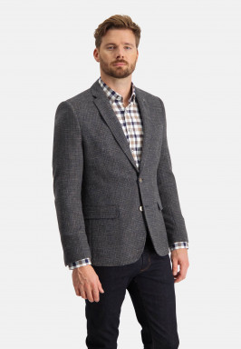 Blazer-with-a-checked-pattern