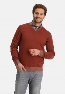 Pullover-oxford-with-V-neck
