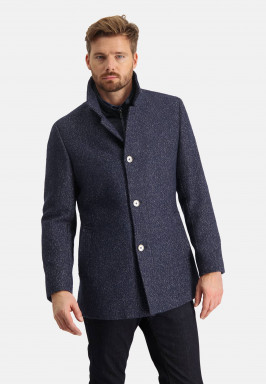 Half-long-jacket-with-button-closure