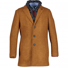 Jacket-with-a-lapel-collar