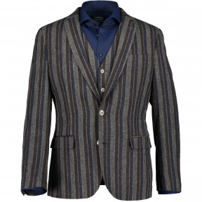 Blazer-striped-with-a-lapel-collar