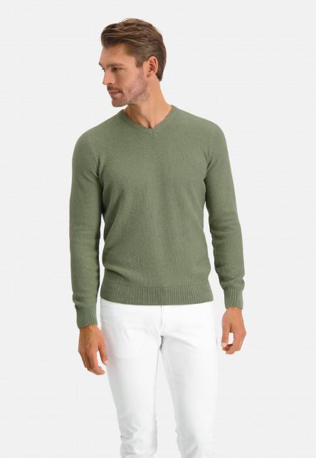 V-neck-jumper-of-blended-recycled-cotton---leafgreen-plain