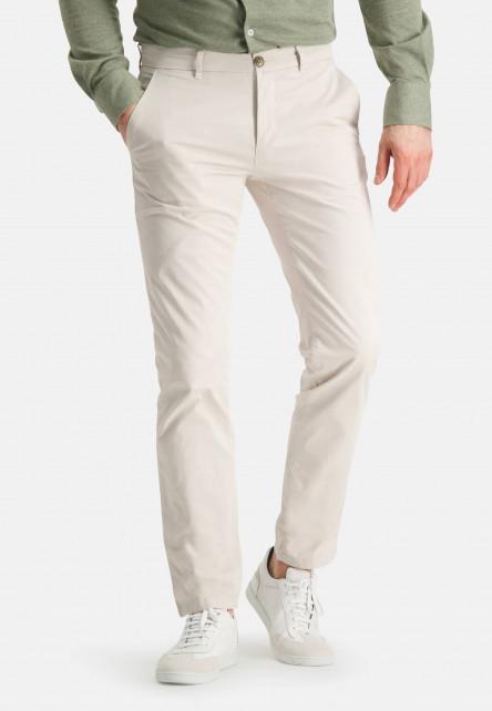 Chino-of-stretch-cotton---cream-plain