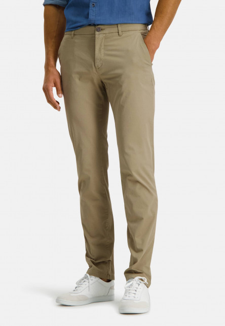 Chino-with-a-print---sand-plain