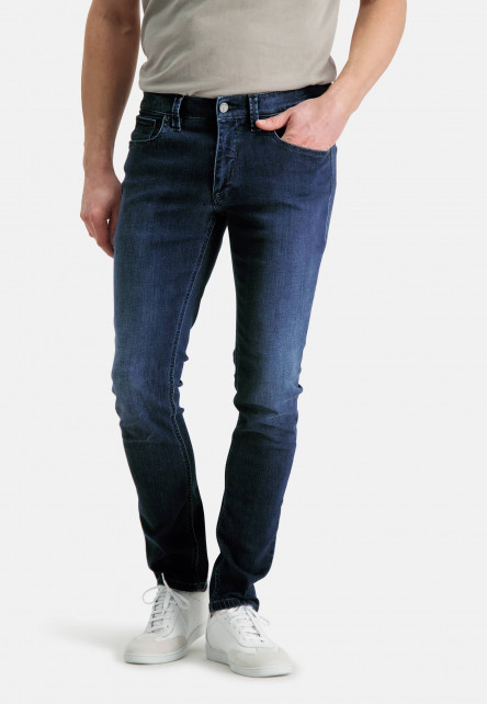 5-Pocket-stretch-jeans-with-a-modern-fit---cobalt-plain