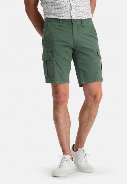 Short-in-a-cargo-look---dark-green-plain