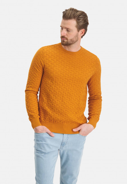 Jumper-plain-with-crew-neck