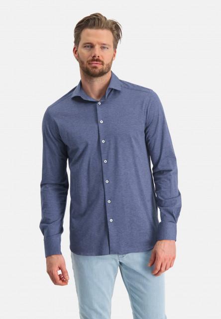 Plain-shirt-with-a-cut-away-collar