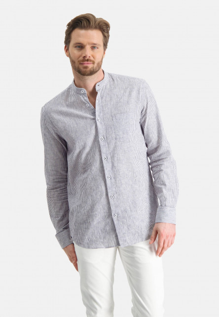 Shirt-with-stripes-and-stand-up-collar