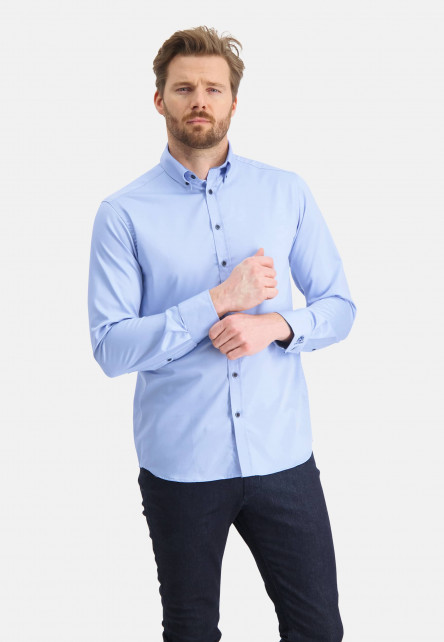 Easy-Care-shirt-with-a-regular-fit