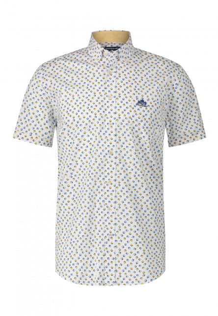 Shirt-with-a-geometric-print
