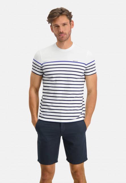 Striped-T-shirt-wth-crew-neck