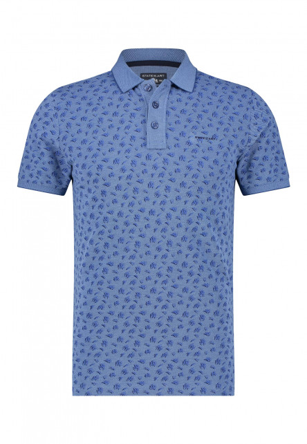 Polo-made-of-organic-cotton-with-a-brand-logo
