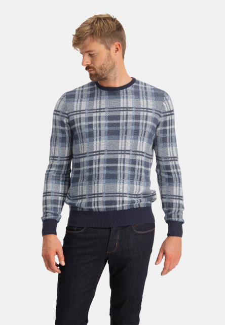 Crew-neck-pullover-with-regular-fit