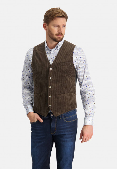 Corduroy-gilet-with-slit-pockets