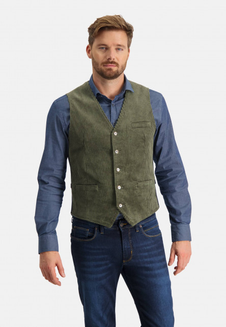 Corduroy-gilet-with-slit-pockets