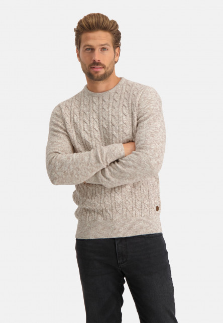 Cable-knitted-pullover-with-regular-fit