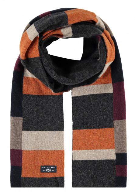 Printed-scarf-made-of-blended-wool