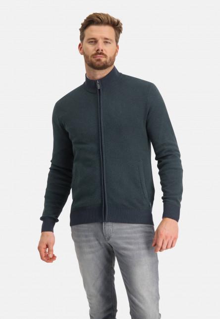 Cardigan-plain-with-2-slit-pockets