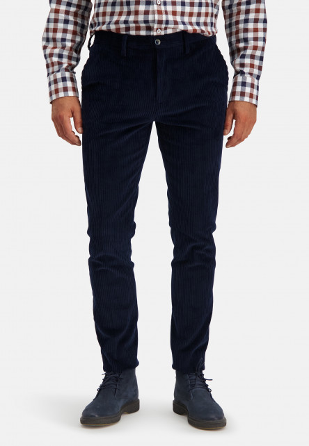 Silverstone-corduroy-chino-with-a-modern-fit