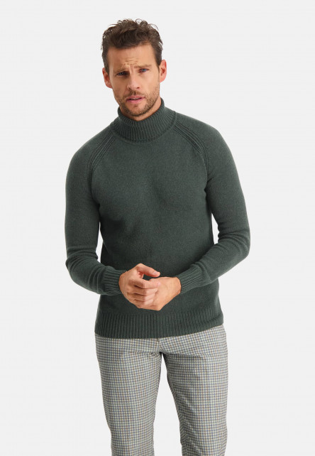 Modern-Classics-pullover-with-modern-fit
