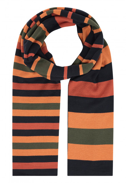 Double-knitted-scarf-with-stripes