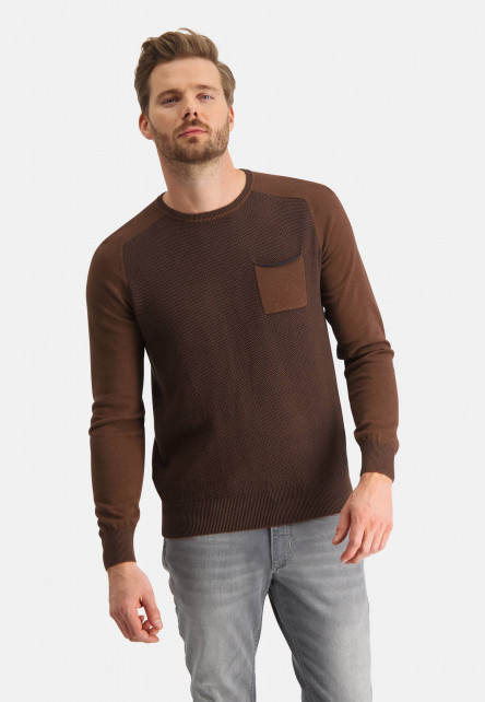 Pullover-made-of-cotton-with-chest-pocket