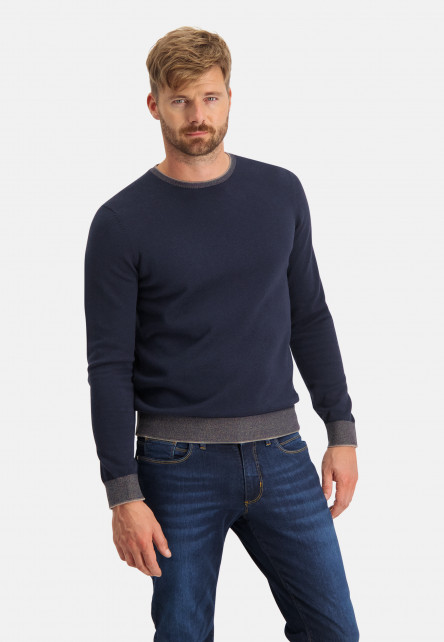 Cotton-pullover-with-crew-neck