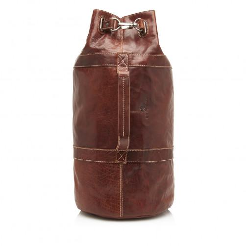 Back-pack-made-of-buffalo-leather