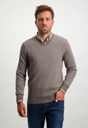 Regular-fit-V-neck-pullover---sepia/cream