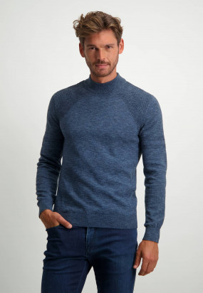 Fine-knit-turtleneck-pullover---midnight/cobalt