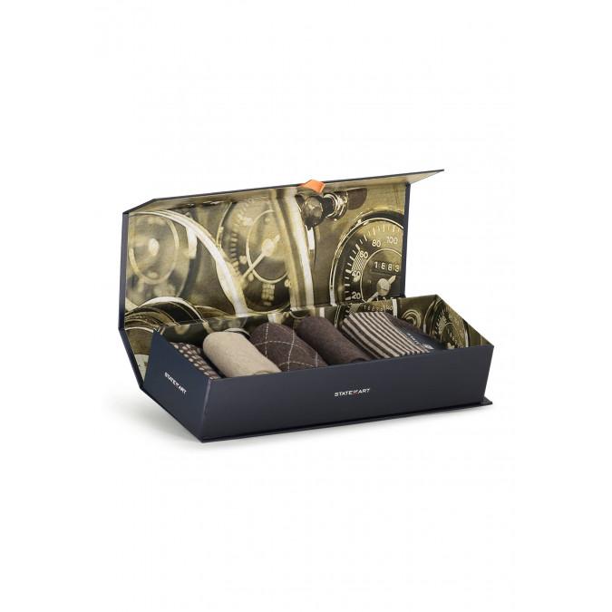 Gift-box-with-5-pairs-of-socks---dark-brown-plain