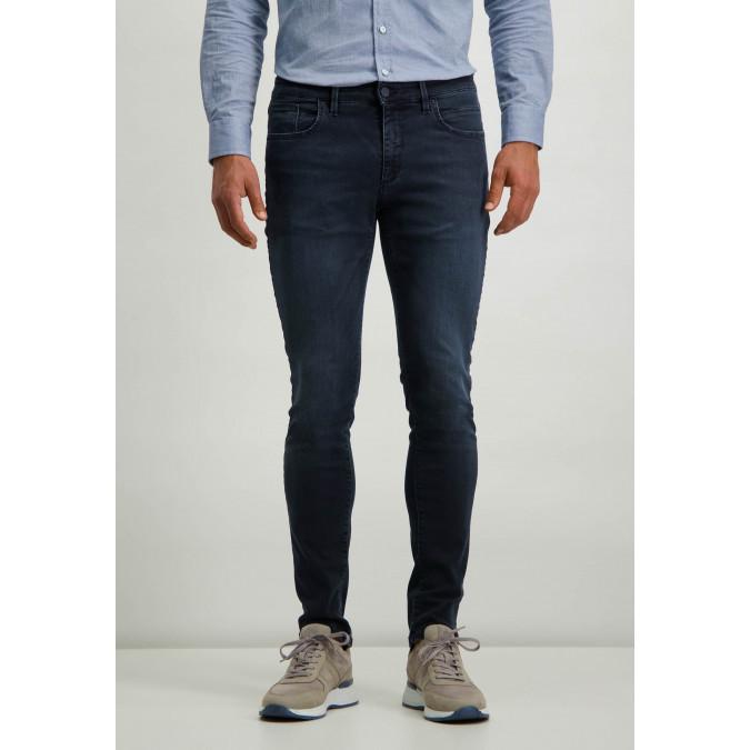 Stretch-jeans-in-blue-black-denim---dark-blue-plain