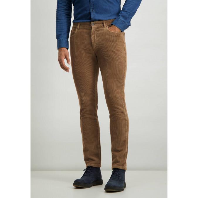 Stretch-trousers-in-irregular-corduroy---sepia-plain