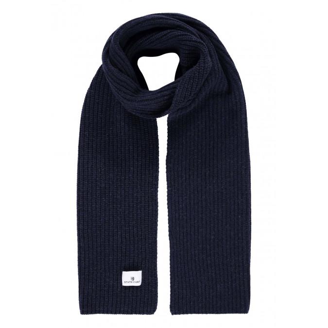 Scarf-in-patent-stitch---dark-blue-plain