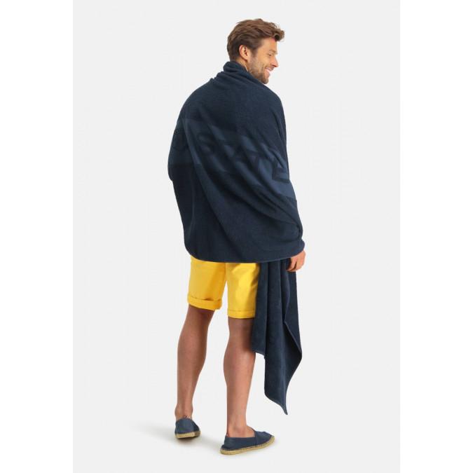 Beach-towel-made-of-terrycloth